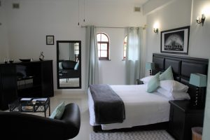 Fairway Guest Lodge - St Mikes - Accommodation South Coast